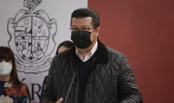 Armando Cabada Alvídrez retomó sus actividades como presidente municipal este lunes