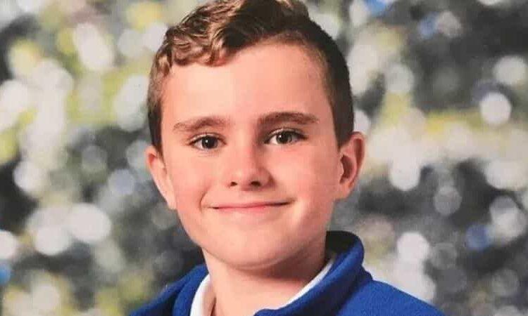 Un pequeño alumno de 9 años fue aplastado por un casillero cuando estaba en una escuela; uno de los amigos vio cómo perdió la vida