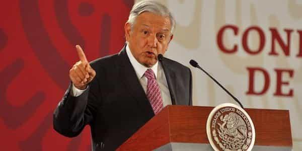 Además dijo que la recuperación económica va bien y que todos los indicadores muestran que pronto se saldrá de la crisis económica.