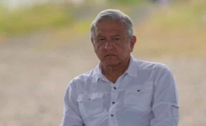 Luego de que el mandatario mexicano AMLO compartiera en sus redes sociales una foto y un mensaje por el Día del Padre, usuarios de Internet arremetieron contra él