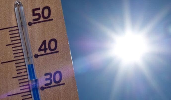 Las temperaturas récord de esta semana son una emergencia climática, indican científicos y expertos de salud, en la que el calor es responsable de más muertes en Estados Unidos.