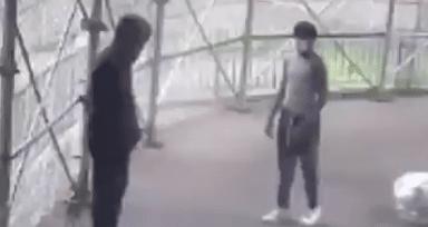 La Policía de Nueva York busca a un peligroso sujeto que, tras discutir con un peatón en la calle, le disparó a plena luz del día