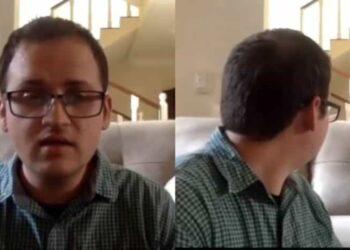El docente impartía su clase en video llamada, cuando algunos de sus estudiantes le hicieron notar valgo extraño detrás de él.