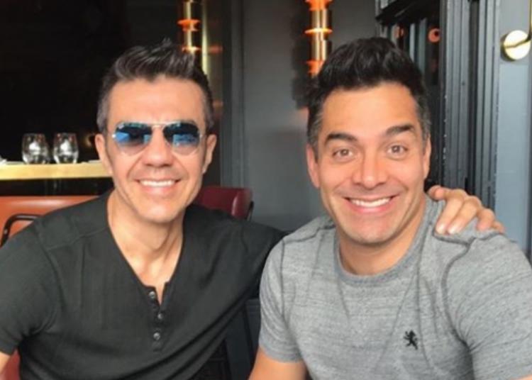 El actor Omar Chaparro empleó las redes sociales para reaccionar a una fotografía que Adrián Uribe compartió para sus seguidores en su perfil de Instagram