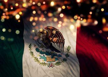 """""""El Mundo rinde homenaje a México por su Independencia"""" iluminan monumentos con luces tricolor"""