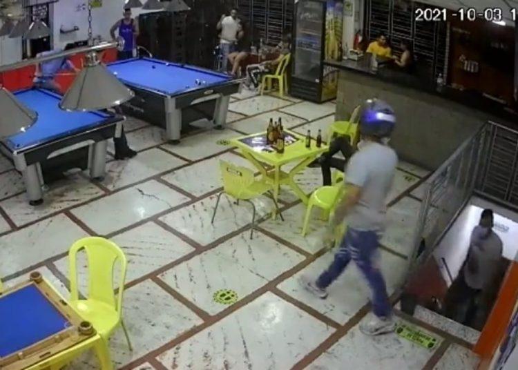 Linchan a delincuente que intentó asaltar a los clientes de un billar