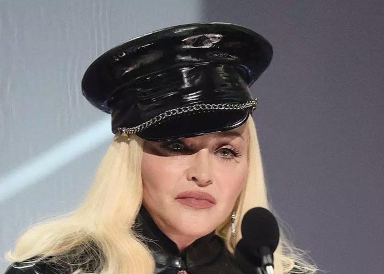 Madonna está arrepentida de rechazar papeles en 'Batman Returns' y 'Matrix', declaró con Jimmy Fallon.