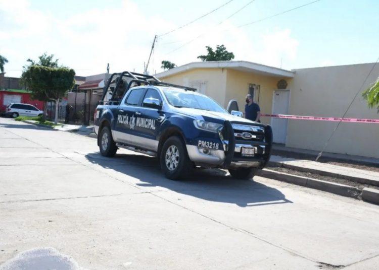Madre entregó a su hijo quien fue acusado de matar a un hombre