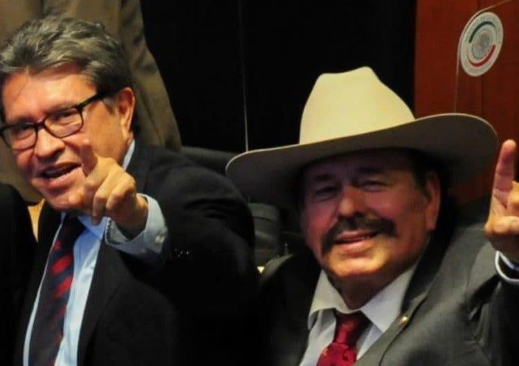 Previo a la presentación de su tercer informe de actividades como legislador, Guadiana declaró ante medios y en compañía de Monreal