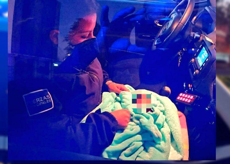 Fue a comprar verdura y halla un bebé: abandonan a recién nacido en su camioneta